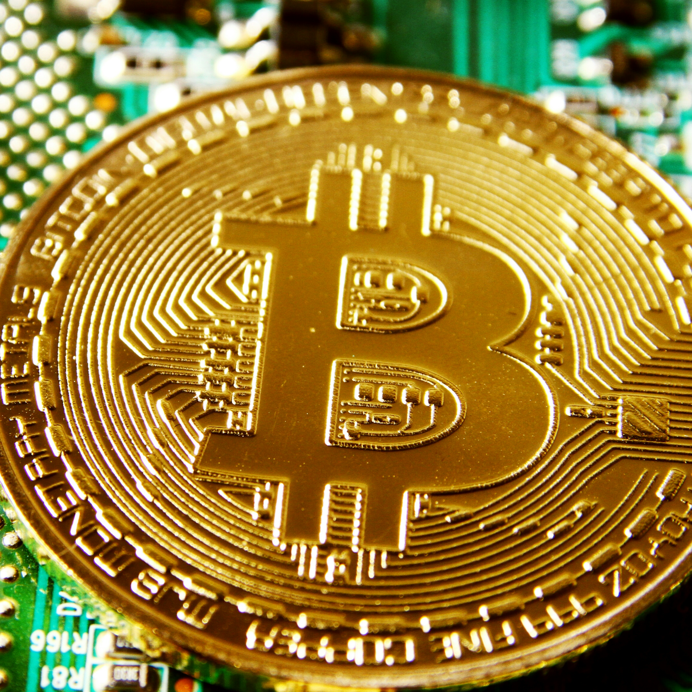 World Central Banks Proceeding Cautiously on Issuing own Digital Currencies